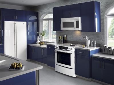 Modern-design-kitchen-with-white-blue-kitchen-cabinets